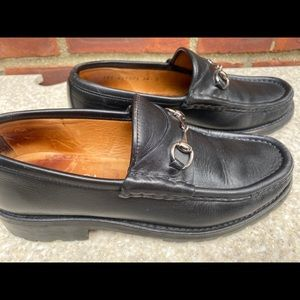 Ladies Gucci Black Leather Silver Horsebit Loafers